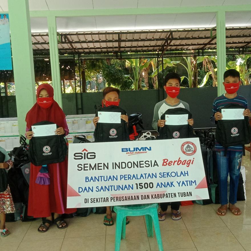PT Semen Indonesia Peduli, Berikan Bantuan